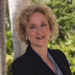 Susanne Lipke, Vice President International Business Development